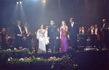 Prag, 4. 10. 2003, curtain call, Dank an Renate G.,photo copyright Bocelli.de