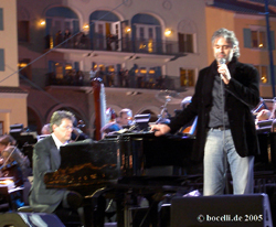 Andrea Bocelli and David Foster, Lake Las Vegas, Dec 9/10 2005, copyright www.bocelli.de