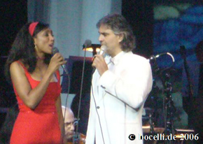 Hollywood, FL, Dec 1st 2006 with Nita Whitaker, thanks to Fran!