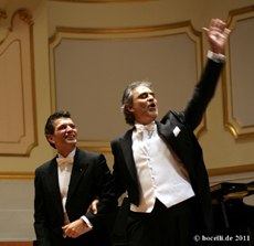 Hamburg, Laeiszhalle, 11.1.11 mit Vincenzo Scalera, Photo copyright www.bocelli.de